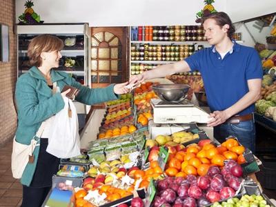 Capital: Guvernul vrea să scadă TVA şi la alte alimente: Pe când promisa reducere a cotei de 24%?