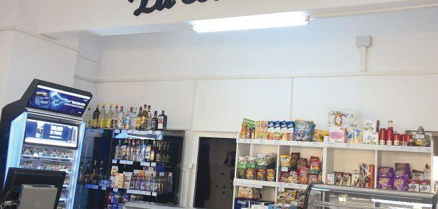 """Magazinele de proximitate """"La Băcănie"""" au obținut o finanțare de 100.000 de euro pentru desfacerea produselor locale"""