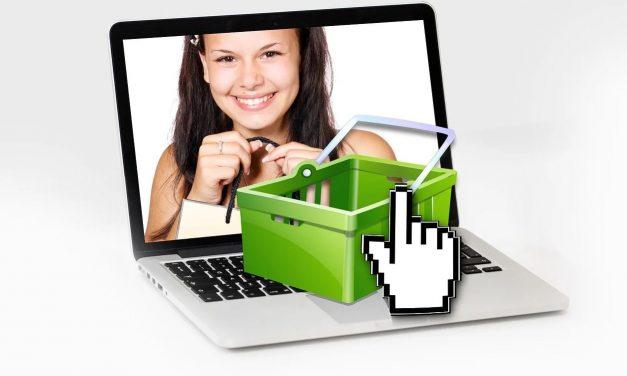 Afacerile mici își mută din ce în ce mai mult operațiunile online și acceptă plăți digitale